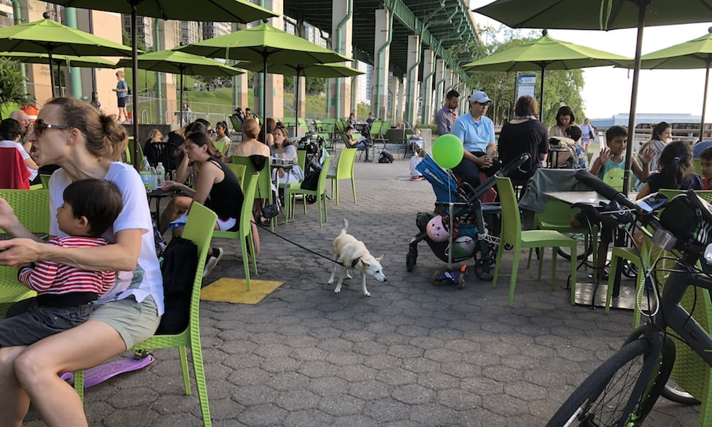 11 Dog-Friendly Places to Eat in NYC